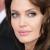 Angelina Jolie recebe da rainha Elizabeth título honorário de dama
