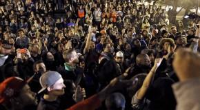 Protestos nos EUA continuam e grupo invade a prefeitura em Saint Louis