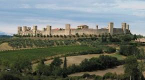 Castelos medievais da época do renascimento estão em oferta na Itália