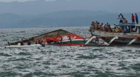 Naufrágio de barco com 189 pessoas a bordo nas Filipinas deixa mais de 30 mortos