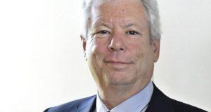 NB02 KIEL (ALEMANIA) 09/10/2017.- Fotografía de archivo del 22 de junio de 2014 que muestra al economista estadounidense Richard Thaler mientras posa para una fotografía en Kiel (Alemania). Thaler fue galardonado hoy, 9 de octubre de 2017, con el premio Nobel de Economía por sus estudios de la economía conductual, anunció la Real Academia Sueca de las Ciencias. EFE/Carsten Rehder/ Pool PROHIBIDO SU USO EN ALEMANIA